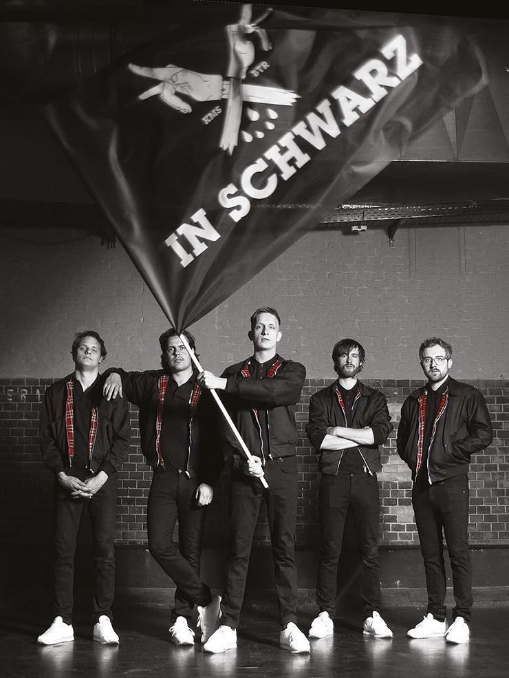 Kraftklub Poster Flagge In Schwarz